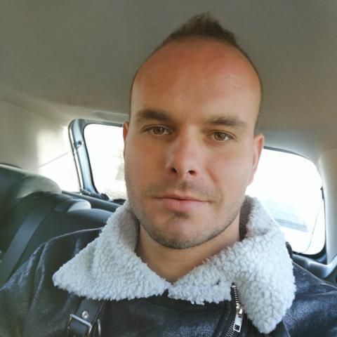 Dávid, 30 éves társkereső férfi - Miskolc