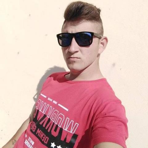 Làszló, 26 éves társkereső férfi - Szeged
