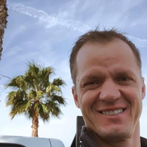 Dani, 47 éves társkereső férfi - California, Orange county