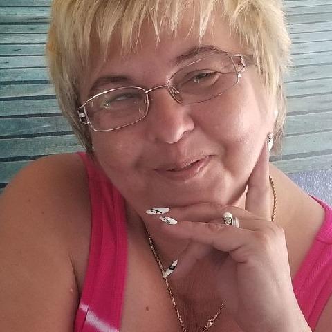 Panni, 50 éves társkereső nő -