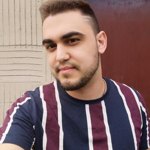 Kristóf, 25 éves társkereső férfi - Szerep