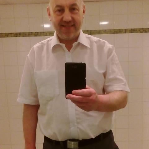 Attila, 56 éves társkereső férfi - Budapest