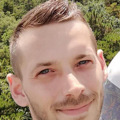 Dávid, 31 éves társkereső férfi - Győr