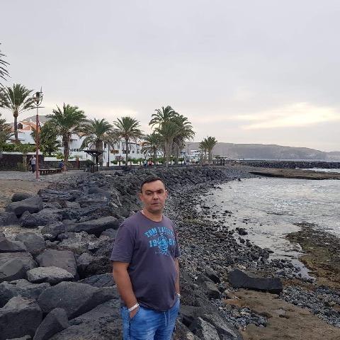 István, 46 éves társkereső férfi - Linz