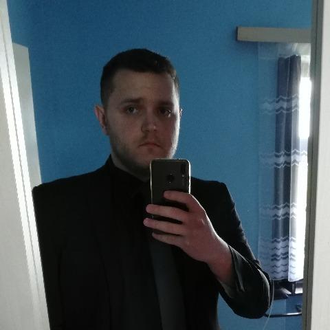 Zsolti, 24 éves társkereső férfi - Békéscsaba