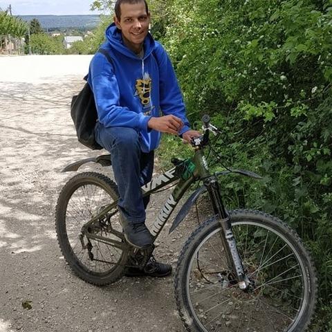 Tamás, 27 éves társkereső férfi - Gyúró