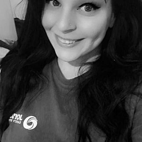 Ágica, 23 éves társkereső nő - Miskolc