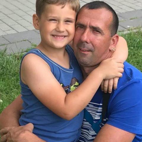 László, 42 éves társkereső férfi -