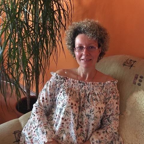 Emese, 44 éves társkereső nő - Salgótarján