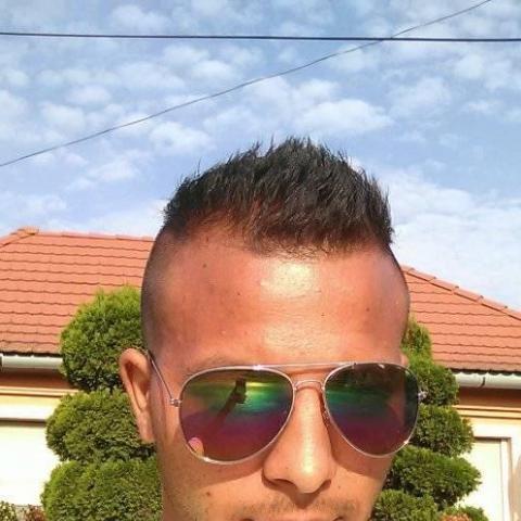 Ferenc, 22 éves társkereső férfi - Miskolc