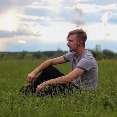 Dávid, 19 éves társkereső férfi - Debrecen