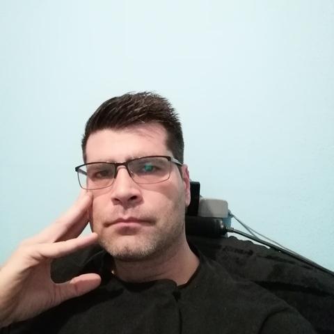 Zoli, 37 éves társkereső férfi - Szeged