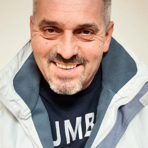 Attila, 52 éves társkereső férfi - Csesztve