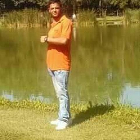 Racz, 23 éves társkereső férfi - Salgótarján
