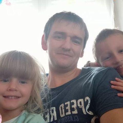 Péter, 31 éves társkereső férfi - Szeghalom