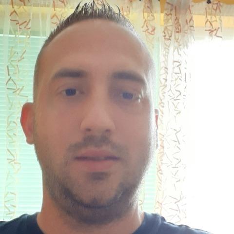 István, 37 éves társkereső férfi - Veszprém
