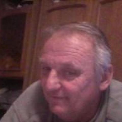 Miklós, 62 éves társkereső férfi - Mórahalom
