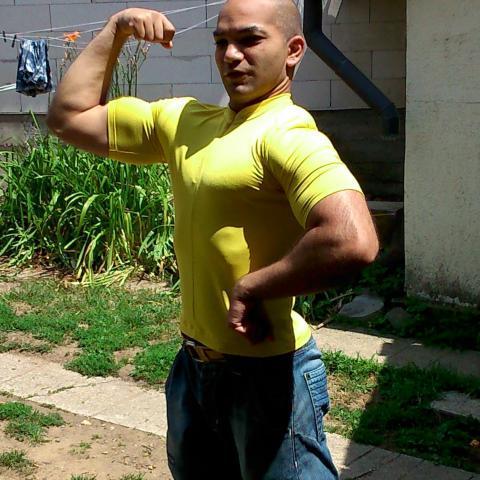 Gábor, 27 éves társkereső férfi - Nagyoroszi