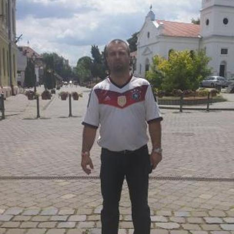 Zoltán, 43 éves társkereső férfi - Csécse