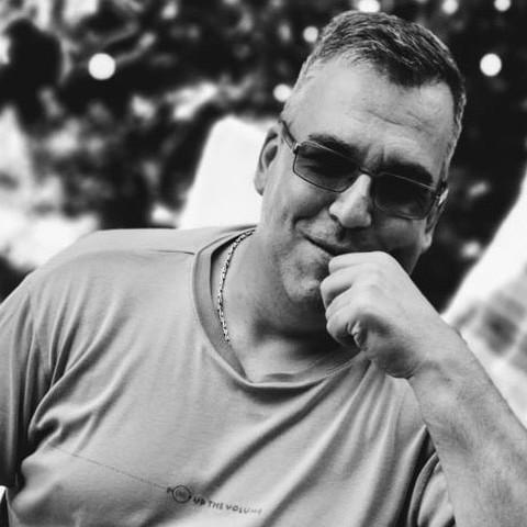 Gergő, 43 éves társkereső férfi - Győr