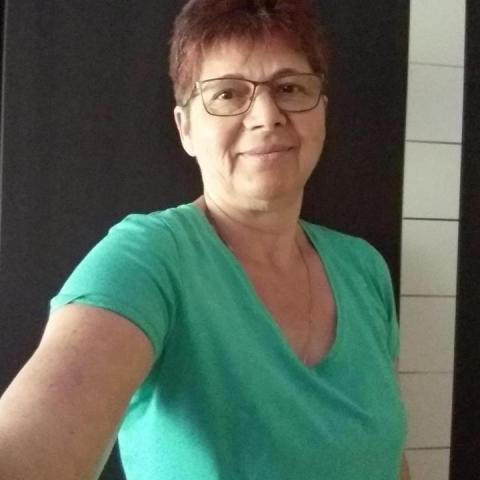 Etelka, 61 éves társkereső nő - Gyula