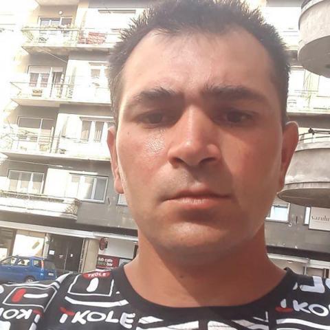 Tibor, 35 éves társkereső férfi - Salgótarján