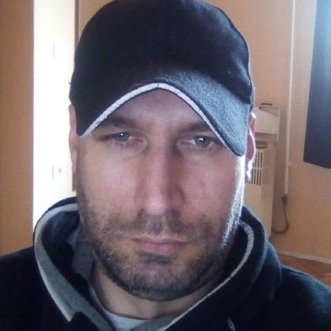 Tibor, 40 éves társkereső férfi - Szolnok