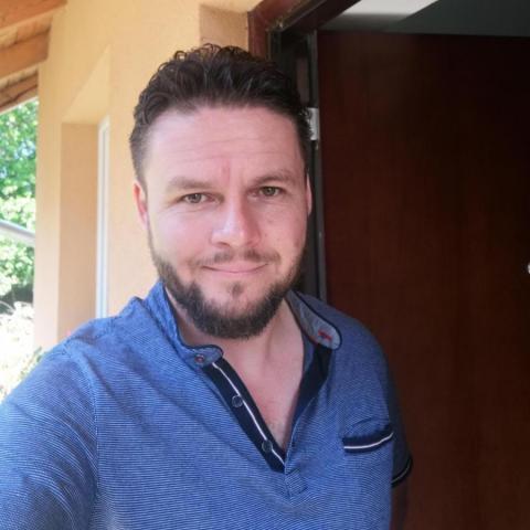 Zoli, 41 éves társkereső férfi - Martonvásár
