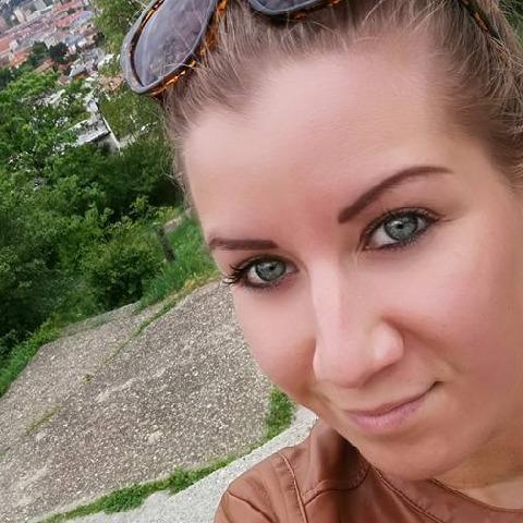 Betti, 30 éves társkereső nő - Budapest