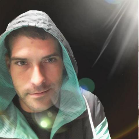 Roland, 32 éves társkereső férfi - Miskolc