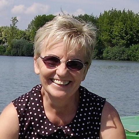 Marcsi, 63 éves társkereső nő - Szolnok