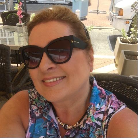 Mária Ágnes, 62 éves társkereső nő - Székesfehérvár