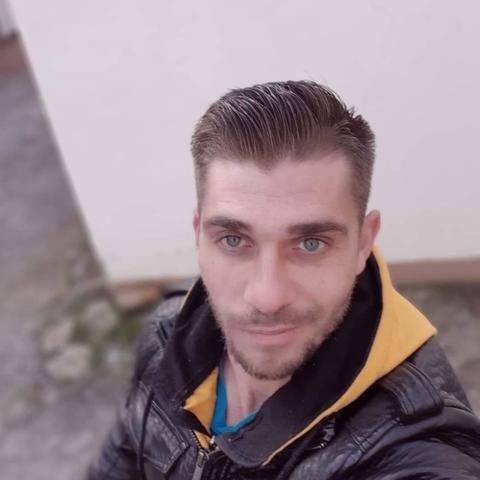 Jozsef, 33 éves társkereső férfi - Kisköre
