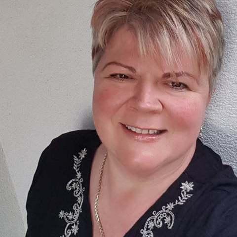 İnci, 51 éves társkereső nő - Pusztaszabolcs