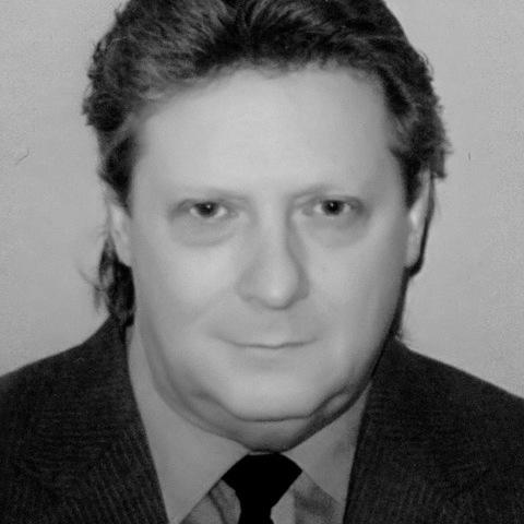 Péter , 57 éves társkereső férfi - Losonc