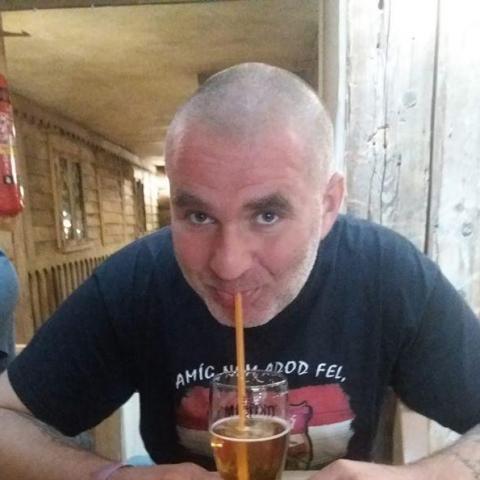 Róbert, 39 éves társkereső férfi - Mosonmagyaróvár
