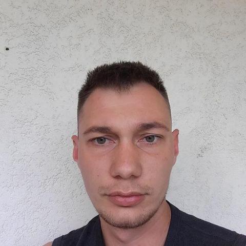 Zoltán, 26 éves társkereső férfi - Békés
