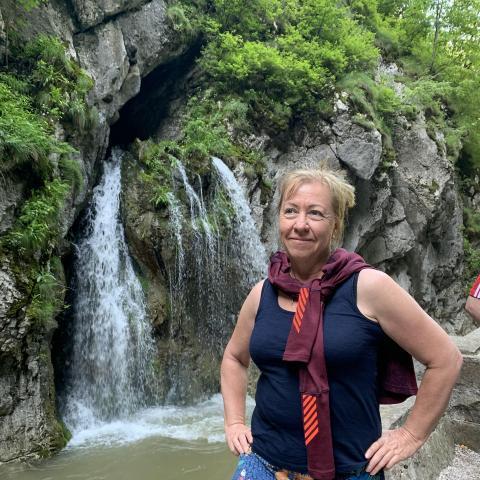 Ágnes, 56 éves társkereső nő - Salgótarján