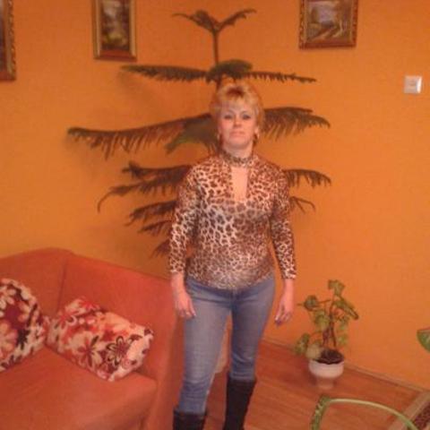 Tina, 48 éves társkereső nő - Baja