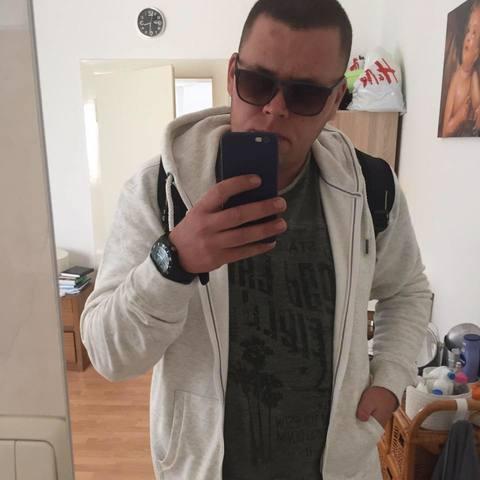 Milan, 24 éves társkereső férfi - Kazincbarcika