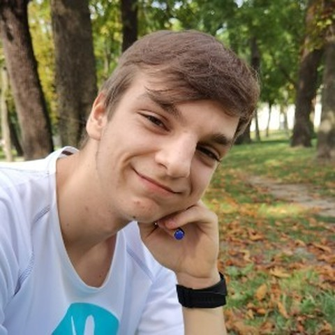 Dávid, 18 éves társkereső férfi - Cegléd