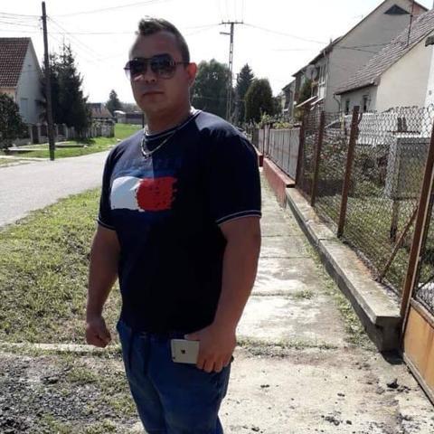 Ricsi, 34 éves társkereső férfi - Ságújfalu