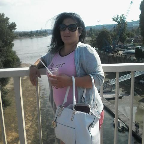 Annamária, 24 éves társkereső nő - Regöly