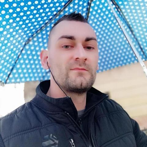 Robi, 34 éves társkereső férfi - Békés