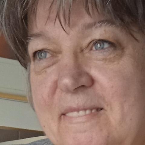 Rózsa, 67 éves társkereső nő - Budapest