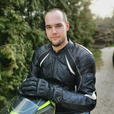 Márk, 26 éves társkereső férfi - Csákberény