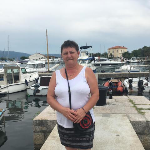 Aniko, 52 éves társkereső nő - Vág