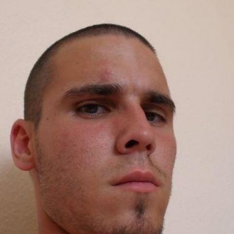 Roland, 32 éves társkereső férfi - Salgótarján