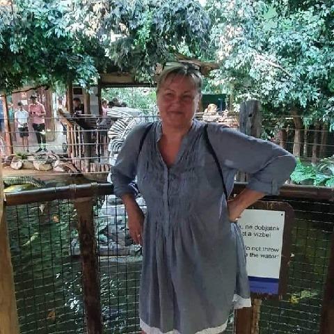 Ági, 56 éves társkereső nő - Gyál