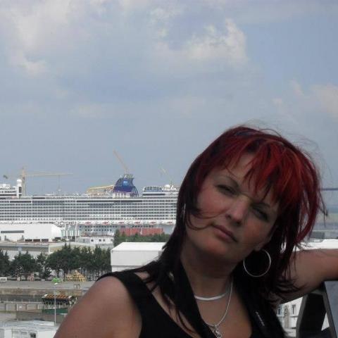 Kovács, 45 éves társkereső nő - Zalaegerszeg